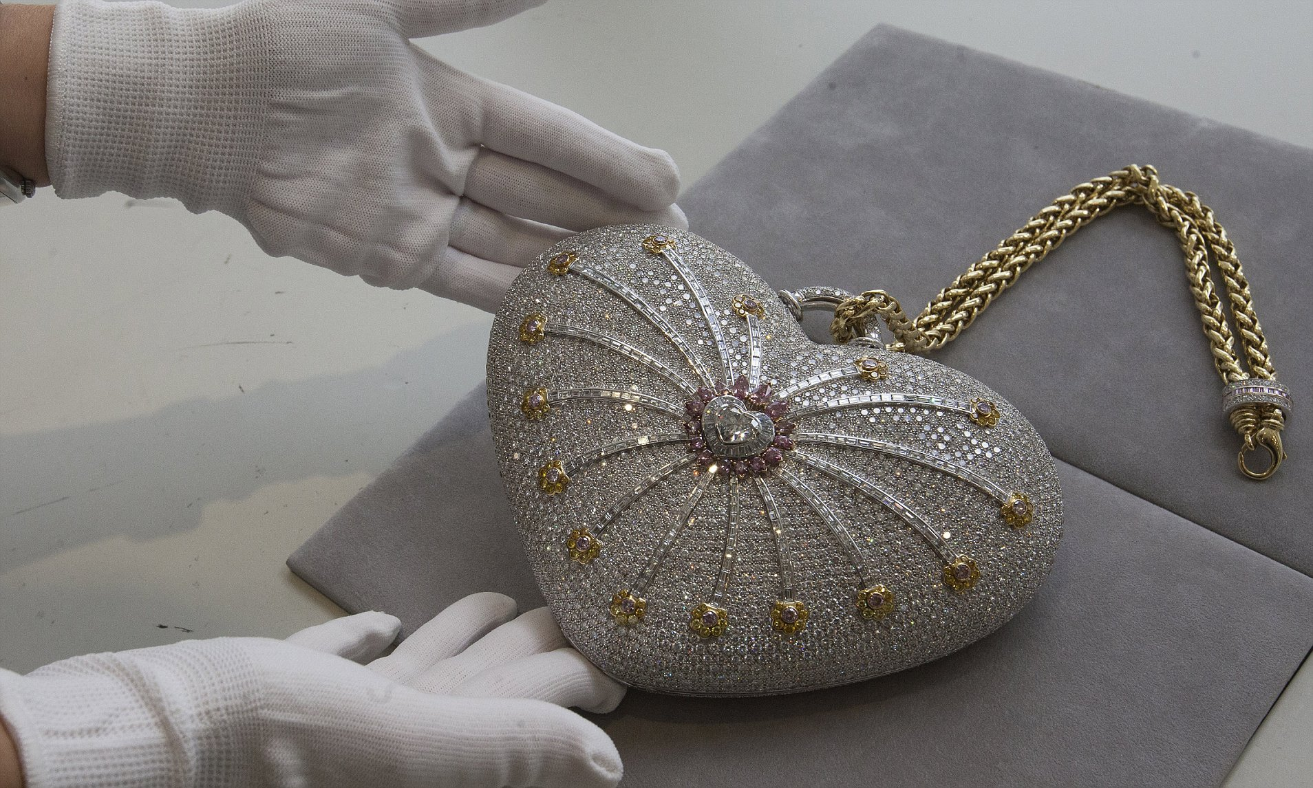 What I would buy If I won the lottery; The 1001 Nights Diamond Purse by House of Mouawad